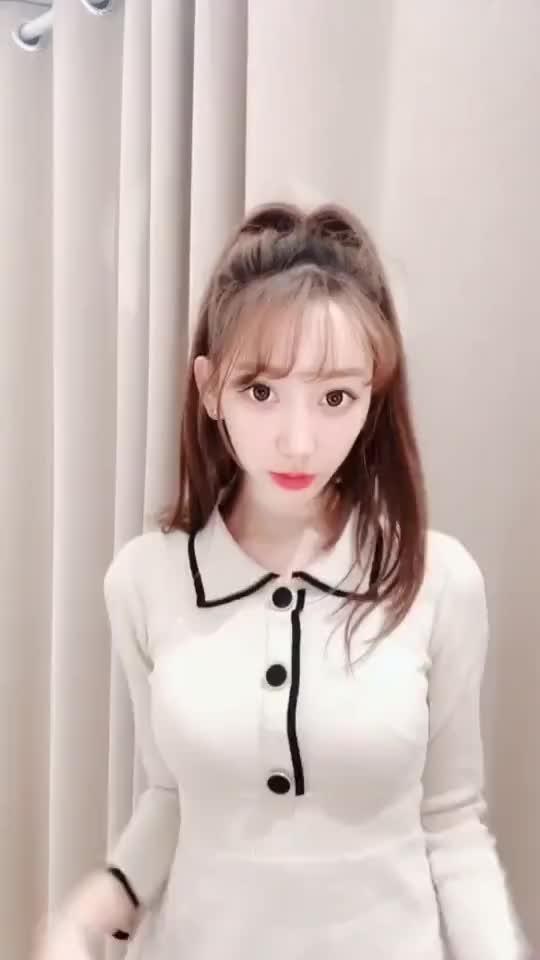 爱好星座小姐姐美女热舞15秒微信短视